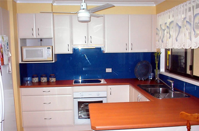 blue Reflective tempered glass splashbacks