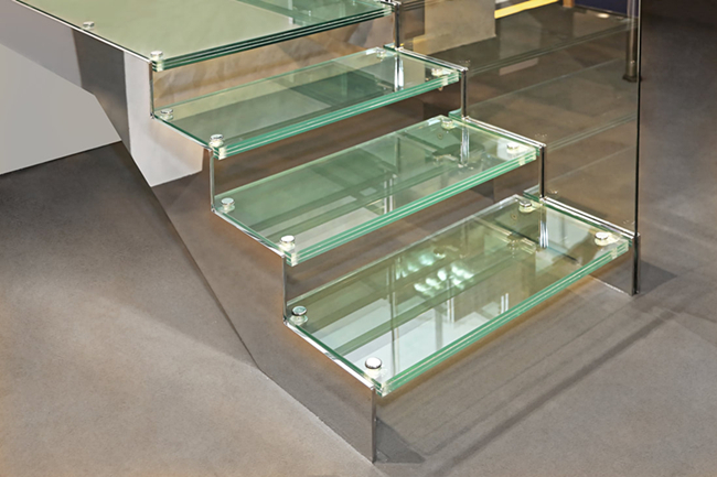 10+10+10mm clear toughened laminated glass stair treads