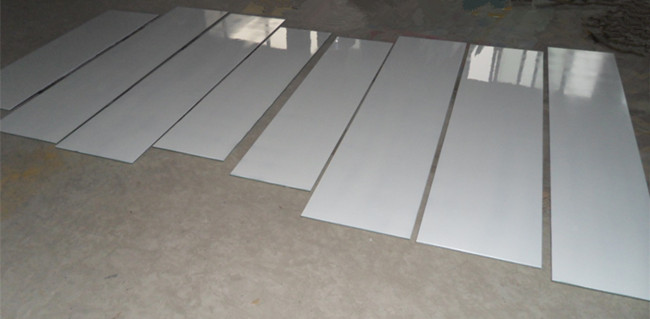 4mm white Lacquered glass cut to size