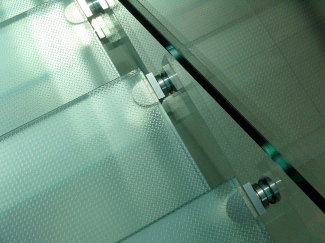 special processed embossed laminated glass non-slip staircase