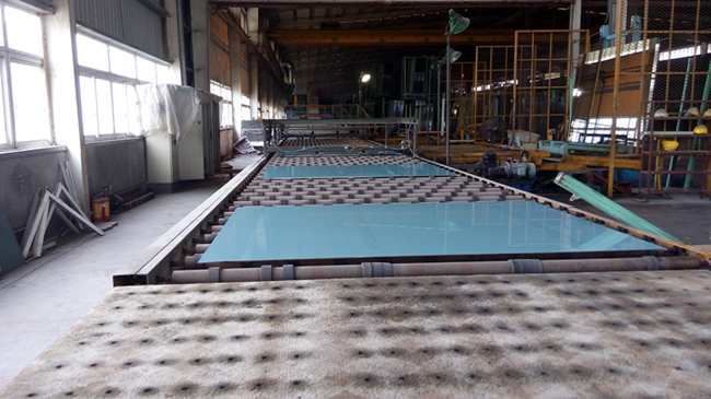 China Silver Mirror glass manufacturer