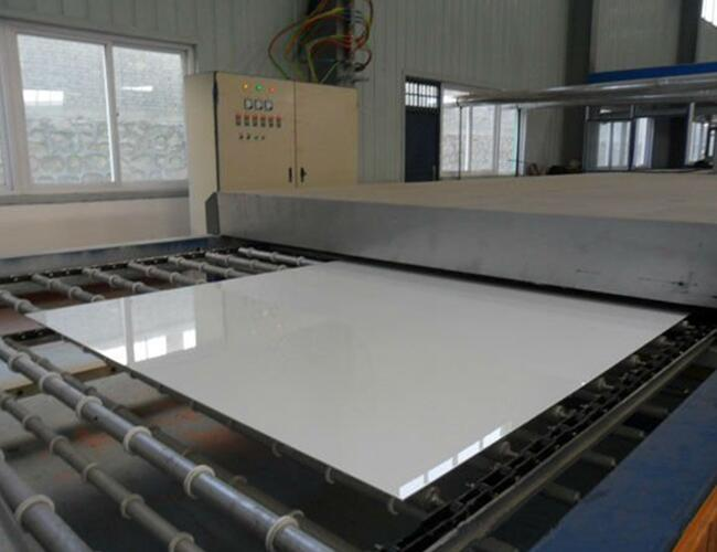 production line of lacquered glass
