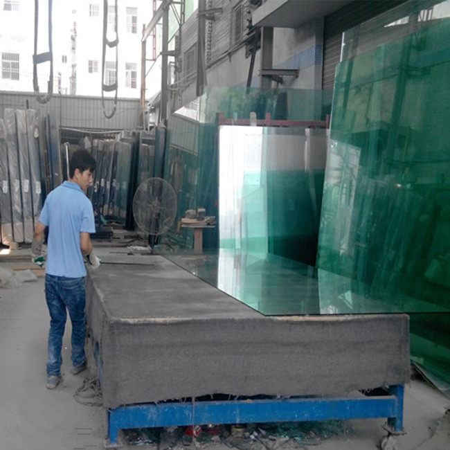 cutting glass been make tempered glass
