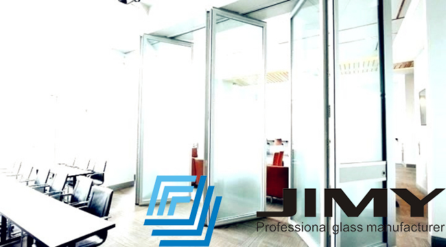 Folding partition wall
