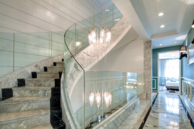 10mm thick U channel curved glass balustrade