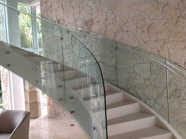curved glass framegless handrail