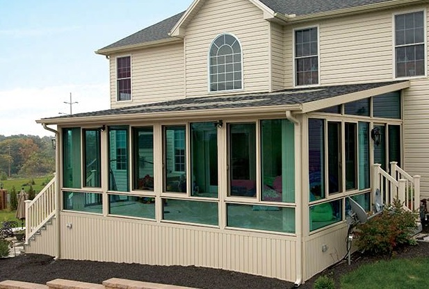 green color tempered glass sunroom