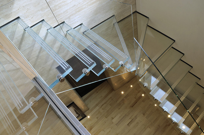 screen printed laminated glass staircase