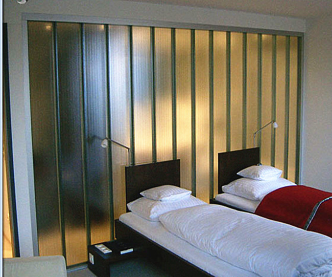 7mm U glass application as bedroom partition wall