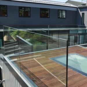 13.52mm toughened laminated glass balustrade exporters,664 glass handrails manufacturer China