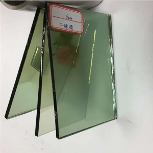 Auto grade 6mm light green tinted reflective glass windows supplier china