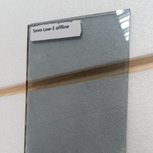 Best quality high-transmittance 5mm offline coated low E glass China manufacturer