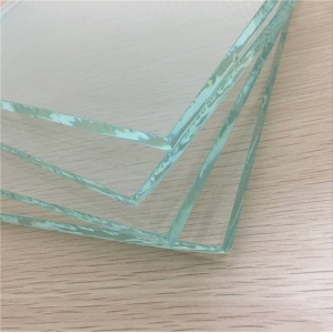 China 10mm ultra clear glass price,10mm low iron glass factory in China,10mm high transparency extra clear glass