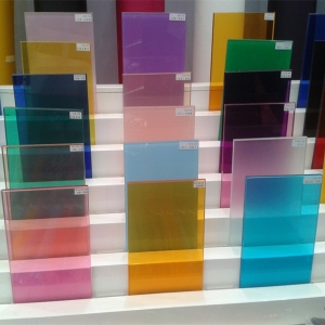 China 88.4 colored tempered laminated glass manufacturers, 17.52mm colored PVB tempered laminated glass suppliers