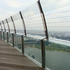 China SGP safety laminated glass balustrade manufacturers
