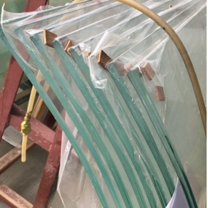 Customized ultra clear curved toughened laminated glass price