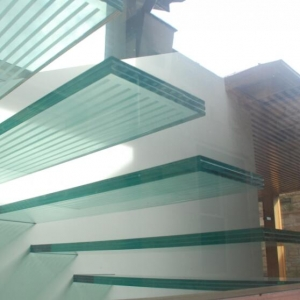 High end glass floor 8+15+8mm safety slip resistant laminated glass floor manufacturer china