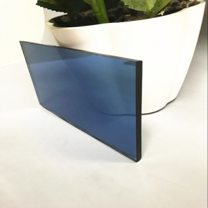 Wholesale price 6mm dark blue heat reflective coated glass supplier China