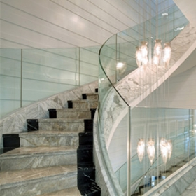 China 10mm clear curved tempered glass balustrade, 10mm safety bent glass railing manufacturer factory