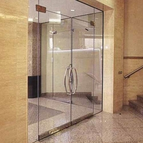 China 12mm tempered glass door,12mm tempered glass price, frameless safety glass sliding door factory