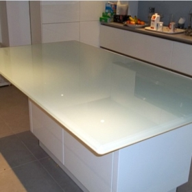 China 19mm glass countertops price, 3/4'' glass table tops for sale factory
