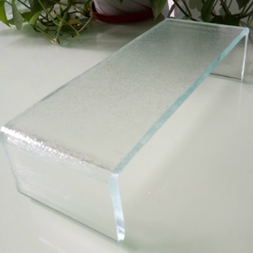 China China architectural soundproof 7mm supper white low iron U channel glass factory
