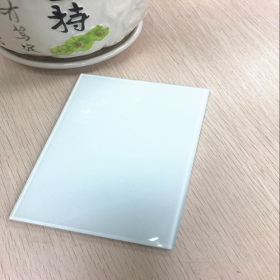 China Good quality 6.38mm snow white color laminated glass supplier China factory