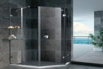 Safety glass shower room is getting more and more popular.